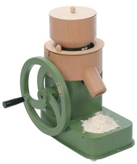 Manual cereal mill