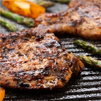 Barbecue: pork chops, brined and smoked