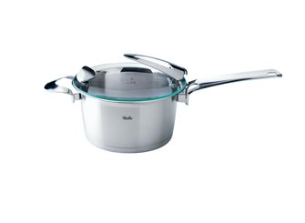 20 cm diameter tall saucepan with lid and handle